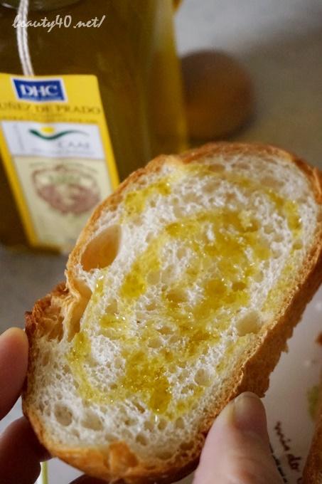 フランスパンにとってもおいしい dhc有機オリーブオイル (8)