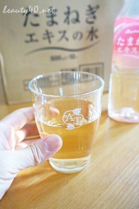 コップに注いで飲んでみた ファイティン・玉ねぎ水 (5)