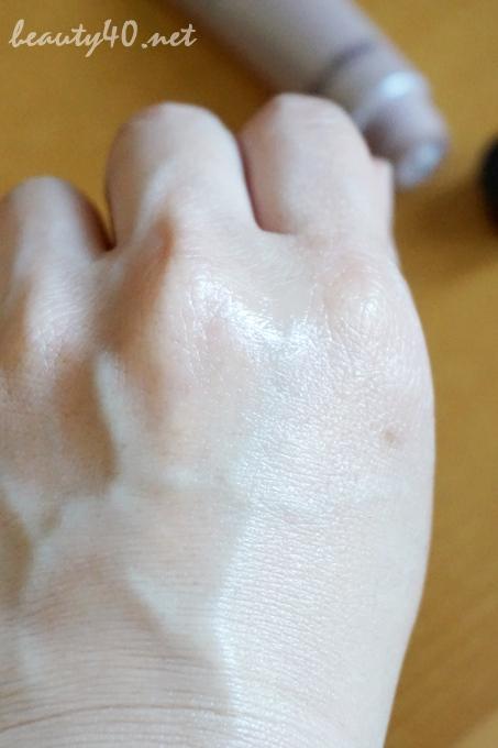 しっとり美白乳液状美容液・BRIGHT AGE (7)